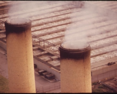 SMOKE_STACKS_IN_BROOKLYN_-_NARA_-_548336.jpg